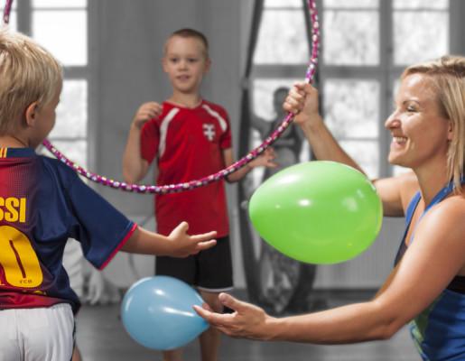 """Lasten liikuntaa: """"Kaikkien lajien perusta"""" 3520"""